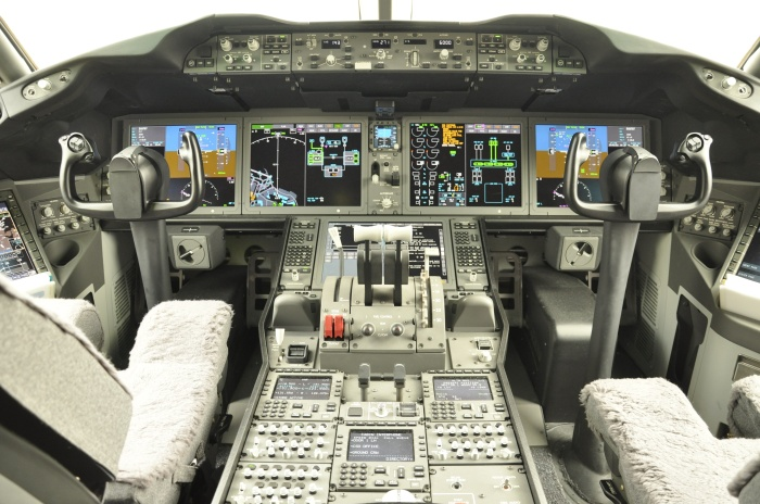 18-cockpit-avion-boeing-787